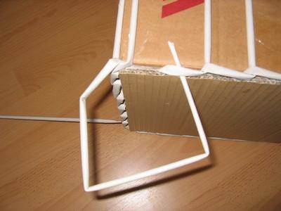 4f39ec9d4 Prepletené a zaštipcované ruličky - nachystané na samotné pletenie.